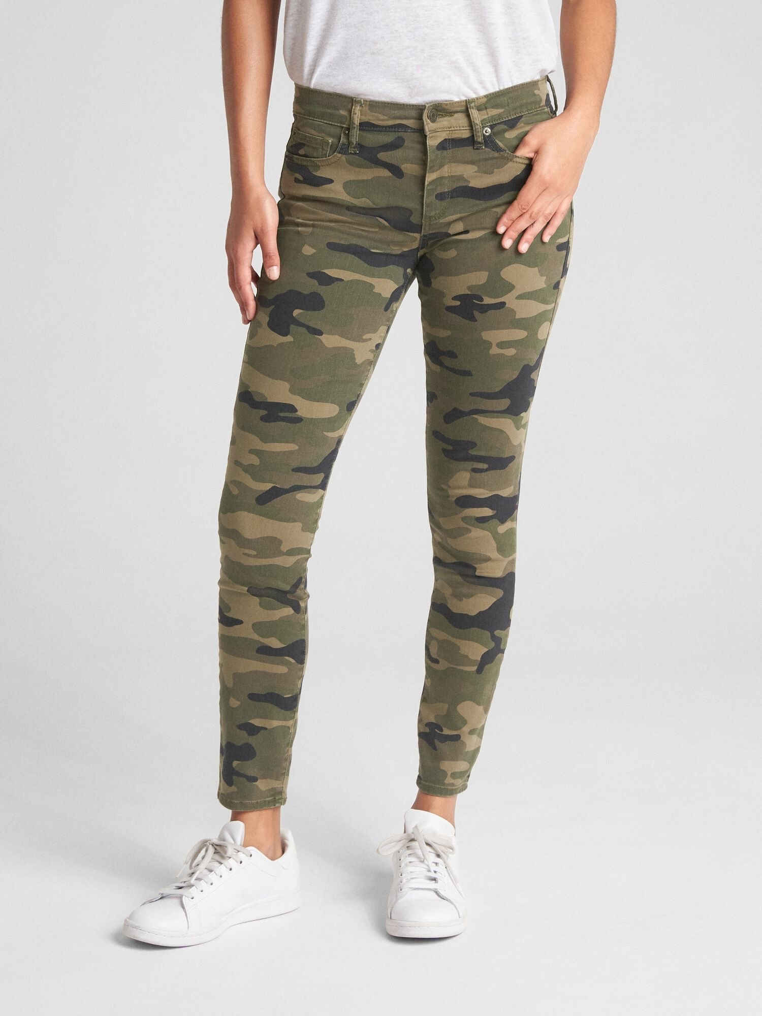 20b9be7d119 Mid Rise True Skinny Ankle Jeans in Camo | Gap® UK