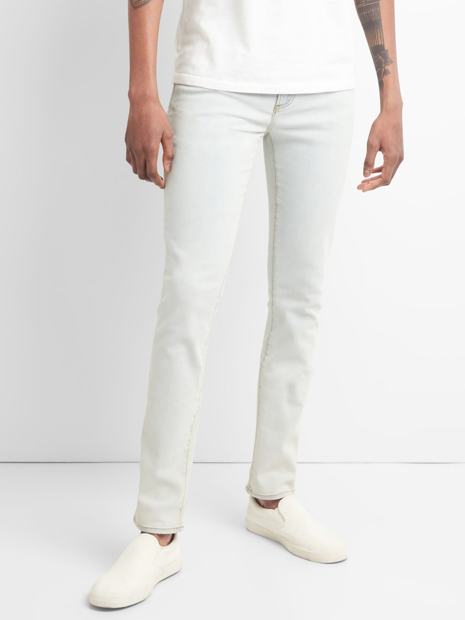 5d57a62f802 Wearlight Skinny Jeans with GapFlex