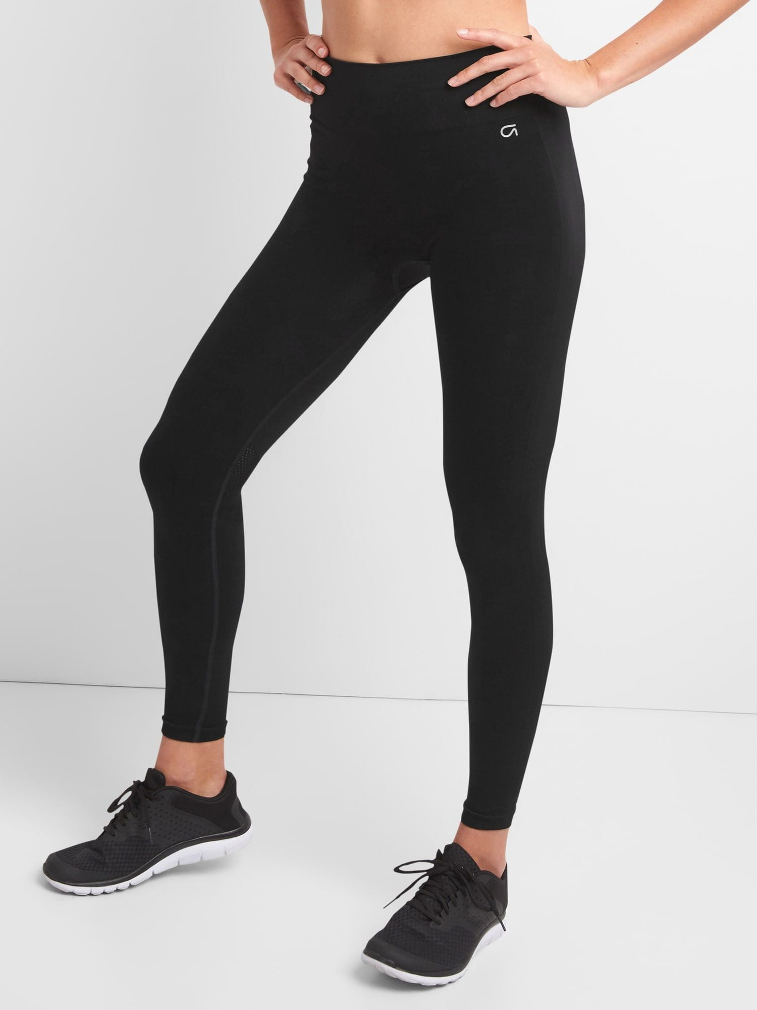 Communication on this topic: These 20 Leggings Have 2,000 5-Star Reviews, these-20-leggings-have-2-000-5-star-reviews/